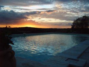 soleil_couchant_et_piscine
